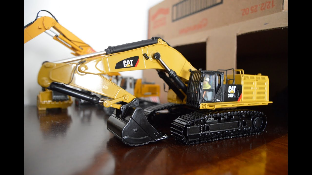 Diecast Masters Cat 390f Lme Highlight Review Youtube