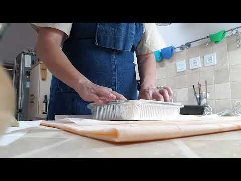 Make Your Own Beeswax Wraps!