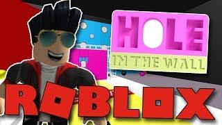 VENDALI VS BOZI! WHO'S BETTER AT JUMPING HOLES?:D | ROBLOX: Trou dans le mur