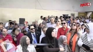 فيديو| أنصار أحمد موسى يهتفون في المحكمة: يسقط الخونة
