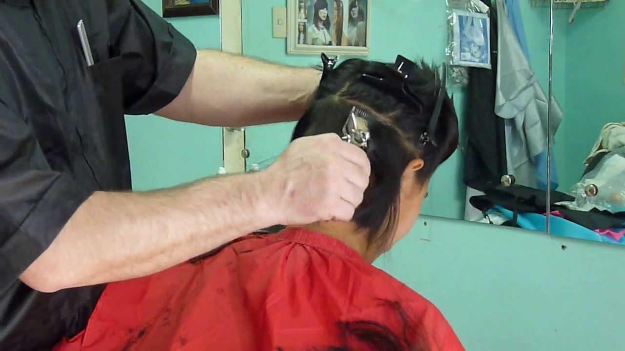 Girl´s Hand Hair Clippers Undercut