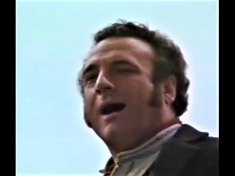 Клип Pietro Mascagni - Il cavallo scalpita