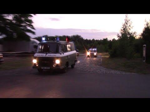 5x Streifenwagen- Deutsche Volkspolizei beim L.O.B.T. videó letöltés