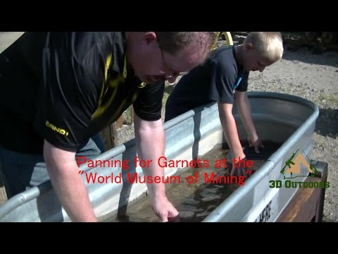 """Panning for Garnets at the """"World Museum of Mining"""""""