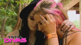 The Divas hear about the passing of Dusty Rhodes: Total Divas: September 22, 2015