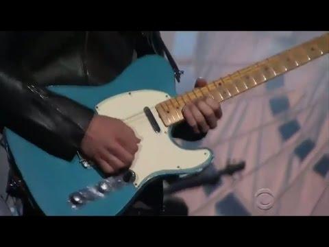 Nick Jonas Vs Lil Wayne Guitar Solo Battle