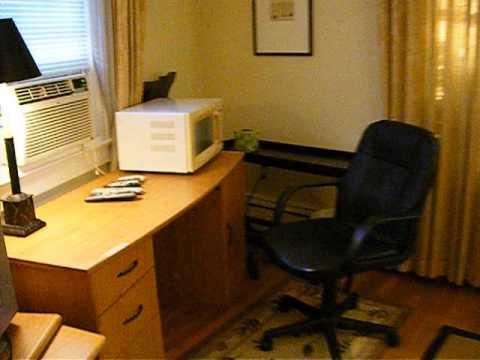 2513 South Lynn Front Bedroom