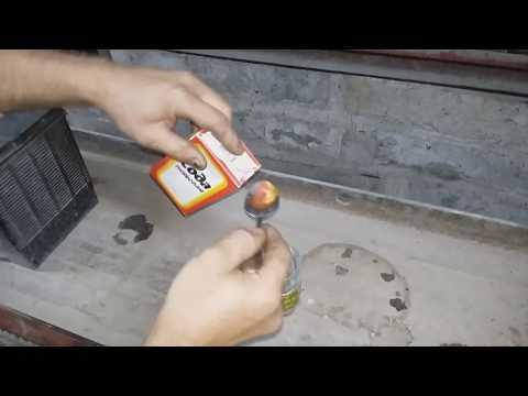 Армейский способ проверки аккумулятора  на выделения кислоты .