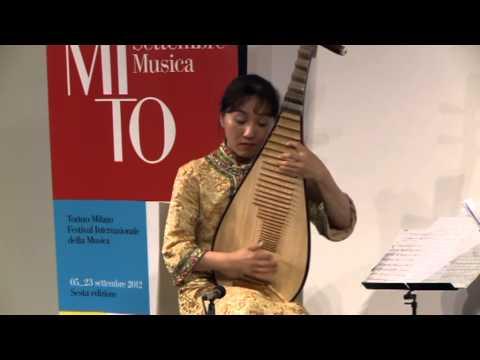 Lingling Yu - Tian Shan Zhi Chun 天山之春 (Pipa solo, Music of Western China)
