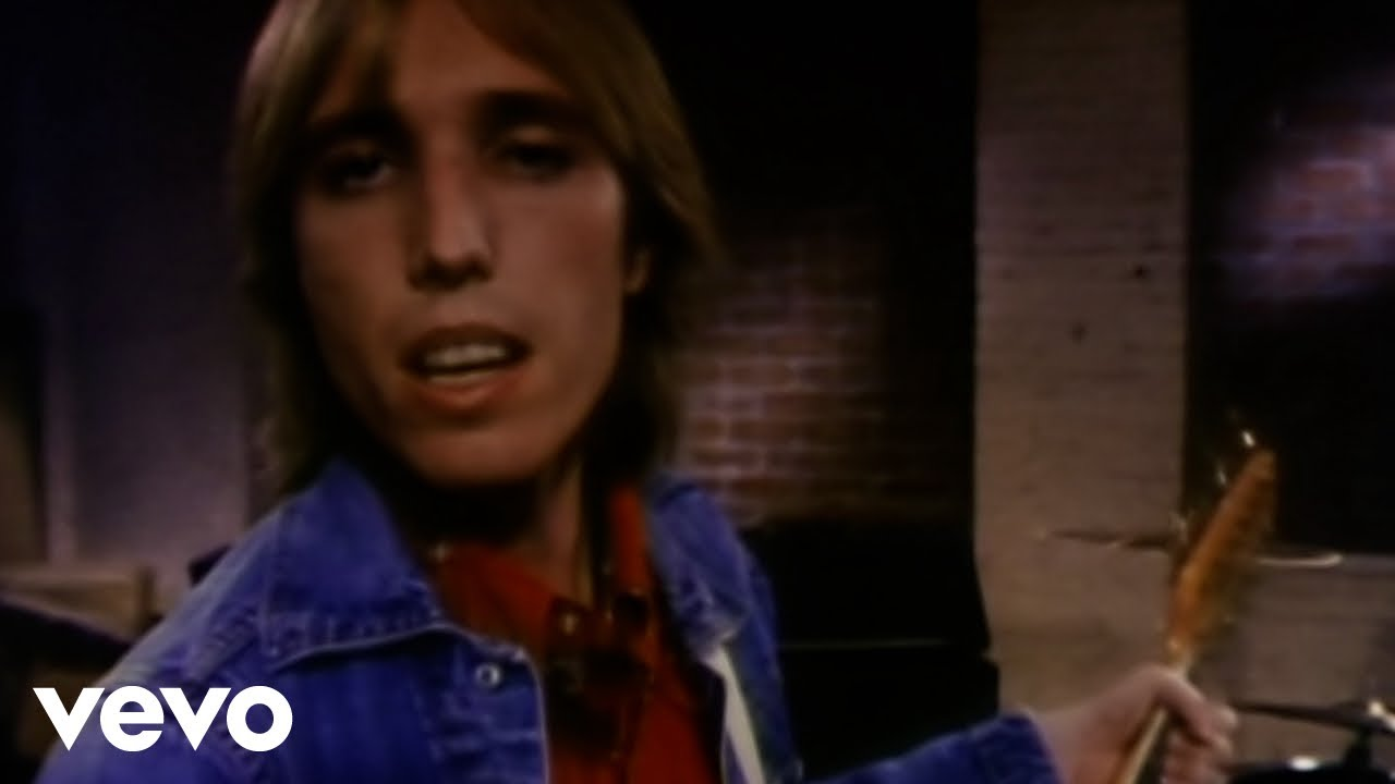 tom-petty-and-the-heartbreakers-refugee-tompettyhrtbrkrsvevo