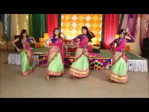London Thumakda Holud Dance