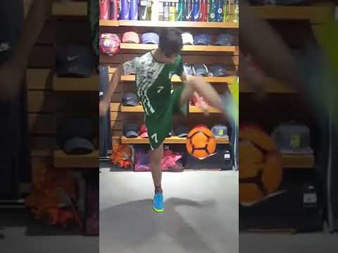 Freestyle At Nike Shop Islamabad (interview)