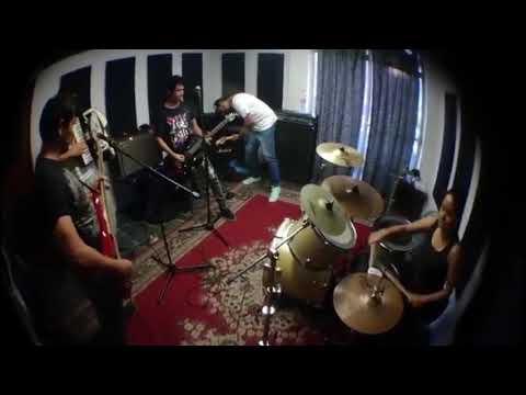 Plasta ft. Masama – El Poder y la Codicia | Live Session