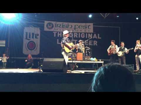 Gaelic Storm and JigJam - Tell Me Ma - Milwaukee Irish Fest 8.21.16 mp3