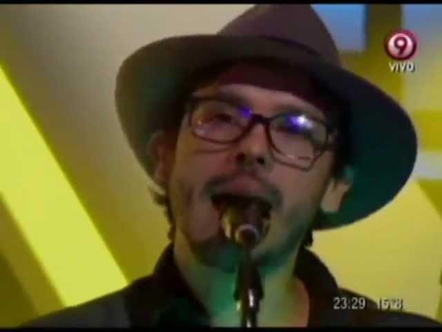 lisandro-aristimuno-par-mil-cover-divididos-acustico-en-vivo-ddd-unarcoiris-de-melodias