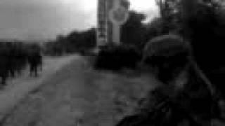 Грузинские фашисты разбивают стэллу у въезда в Цхинвал