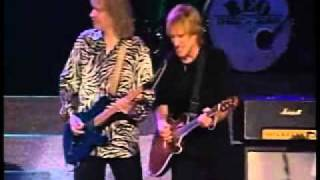 STYX and REO SPEEDWAGON - Blue Collar Man