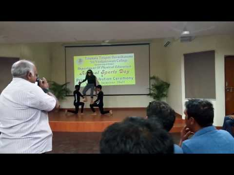 Anual sports day pr yoga demo. Nisha,Hites,Hemant(Yoga coach Jasbir shastri)(1)