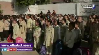 محافظ المنيا يتفقد انتظام الدراسة بعدد من المدارس.. فيديو وصور