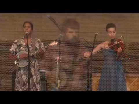 Rodrigo Amarante + Leyla McCalla at Millennium Park (6/13/16)