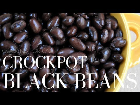 HOW TO MAKE BLACK BEANS PERFECT EVERY TIME | Slow Cooker Black Beans | Stacey Flowers