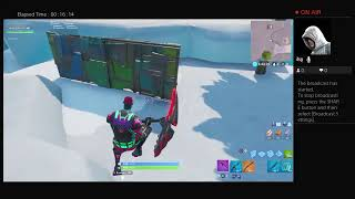 Fortnite 1v1 (watch this if you wanna see me get embaraced)