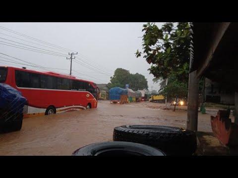 Ratusan Rumah Di Katibung Lampung Selatan Terendam Banjir, Lalu Lintas Dialihkan