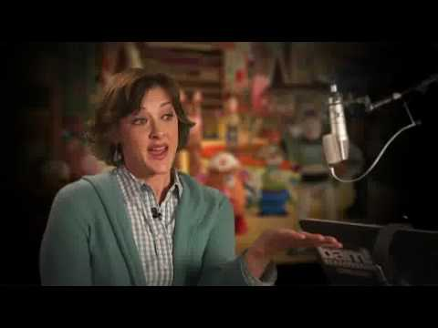Toy Story 3 Interview Joan Cusack Youtube