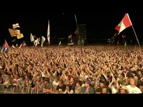 Neil Young - Rockin' In The Free World (Glastonbury 2009)