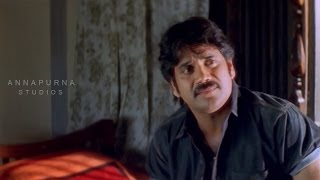 Nagarjuna Talking With His Mother Photo Sentiment Scene || Mass Movie