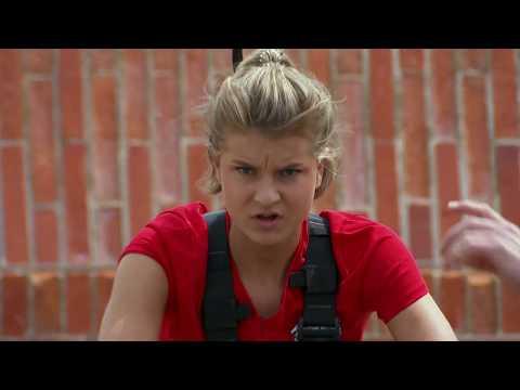 Jenny Rissveds leker sig igenom utmaningen INGEN har klarat tidigare - Fångarna på fortet (TV4)