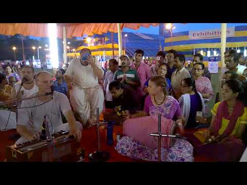 Chanting  by foreigners at Iskcon mayapur