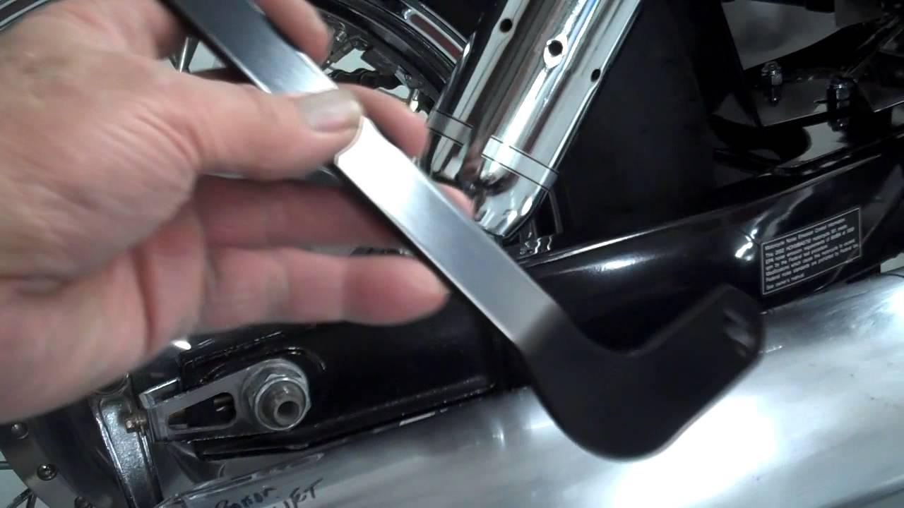 Honda Shadow Ace 750 Rear Fender - YouTube