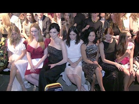 Alicia Silverstone, Christina Hendricks and her massive cleavage, Laura Prepon and more Front Row thumbnail