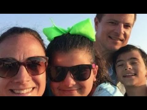 Mike Emanuel is thankful for his family - YouTube