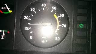 Повышение оборотов при нажатии на тормоз.