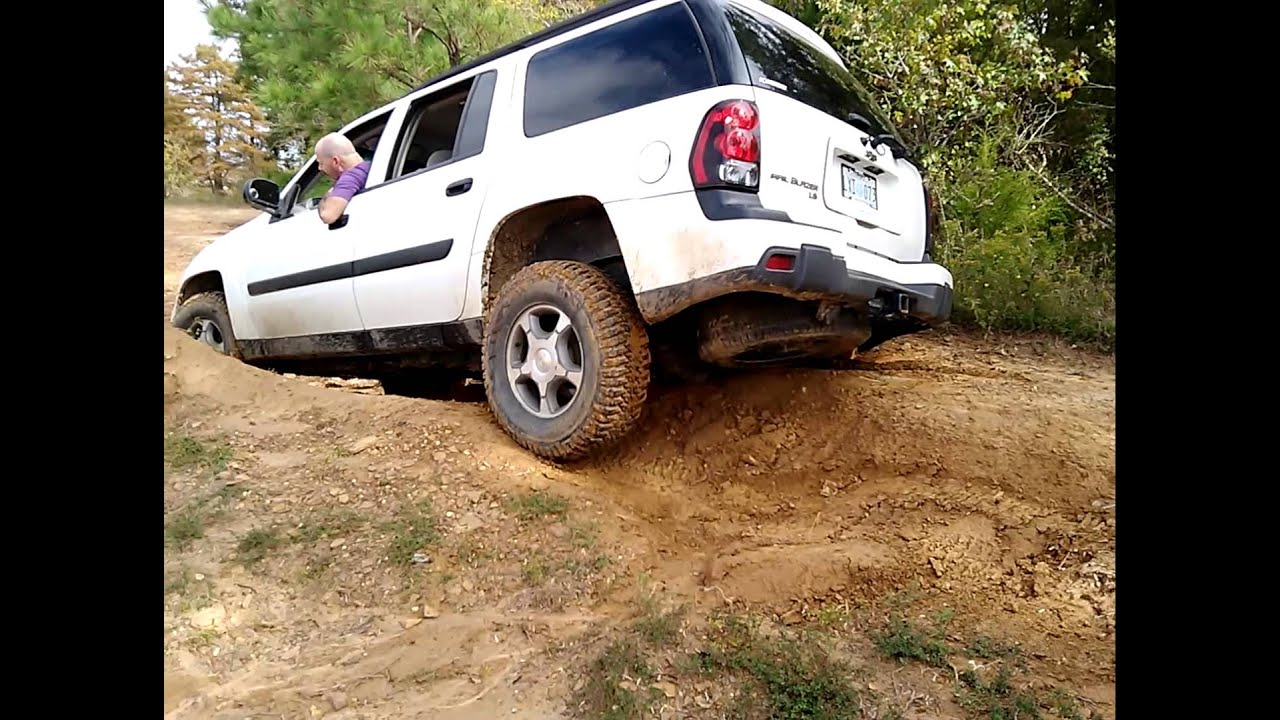 TrailBlazer Ext Offroading - YouTube