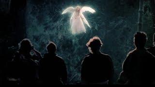 【宇哥】受伤天使误入人间,人类却利用她赚钱,天使生气了!经典电影《天使在人间》