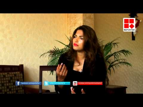Azhake _ Interview with Parvathy Omanakuttan- Onam 2015