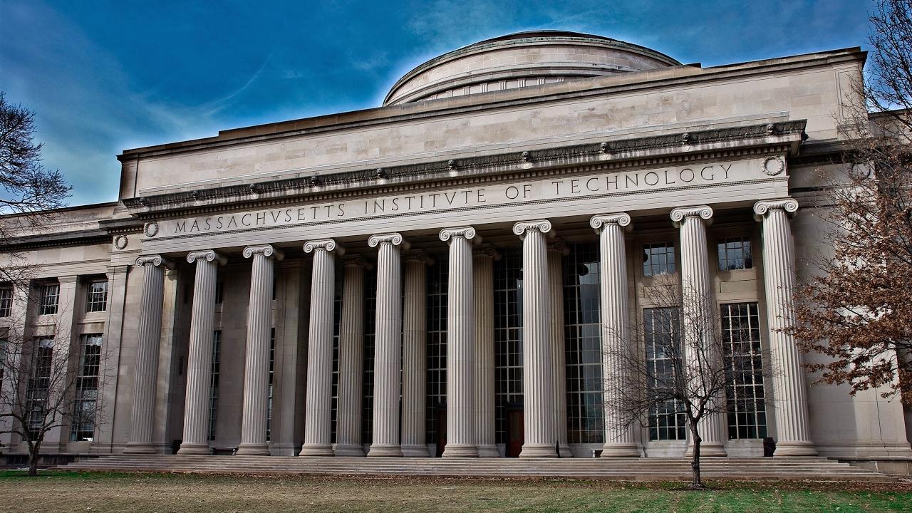 Perguruan Tinggi Top Amerika Putuskan Hubungan dengan Huawei