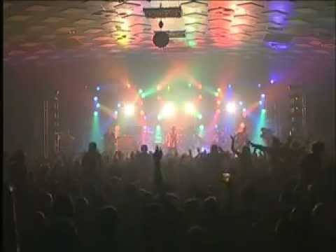 Shed Seven - Chasing Rainbows (From the DVD 'Shed Seven Live In Concert: See Youse At The Barras')