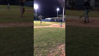 Rodrigo ( roy ) otro juego de baseball