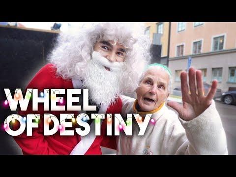 INLÅST 2 TIMMAR MED JULMUSIK | Wheel of destiny