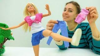 Игры для девочек: Барби выбирает спортивный костюм