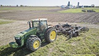 Incorporating Fertilizer - John Deere 8235R & Earthmaster 3000 VT