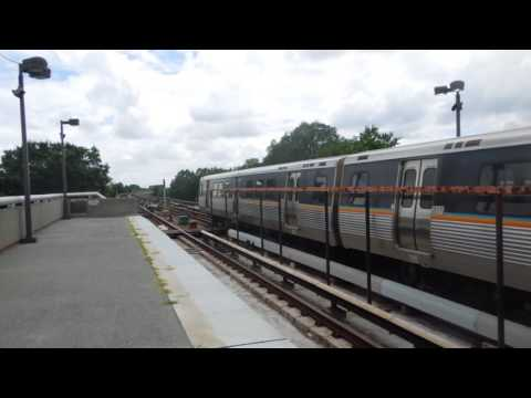 MARTA: Airport-bound Gold Line train at West End (08-10-16)