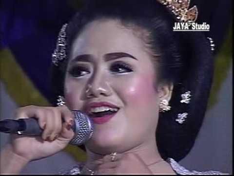 SUPRA NADA LIVE GINUK ~ Kanggo Kowe  Dian Mahara Vs Erin 2017