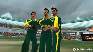 (New Bowling trick) how to get 10 wickets glitch (wcc2)
