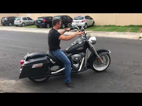 Harley Davidson Heritage Softail Custom 2006.