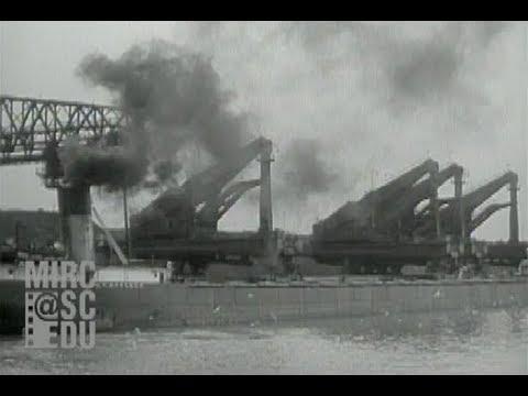 hulett-unloaders,-conneaut-ohio,-1943